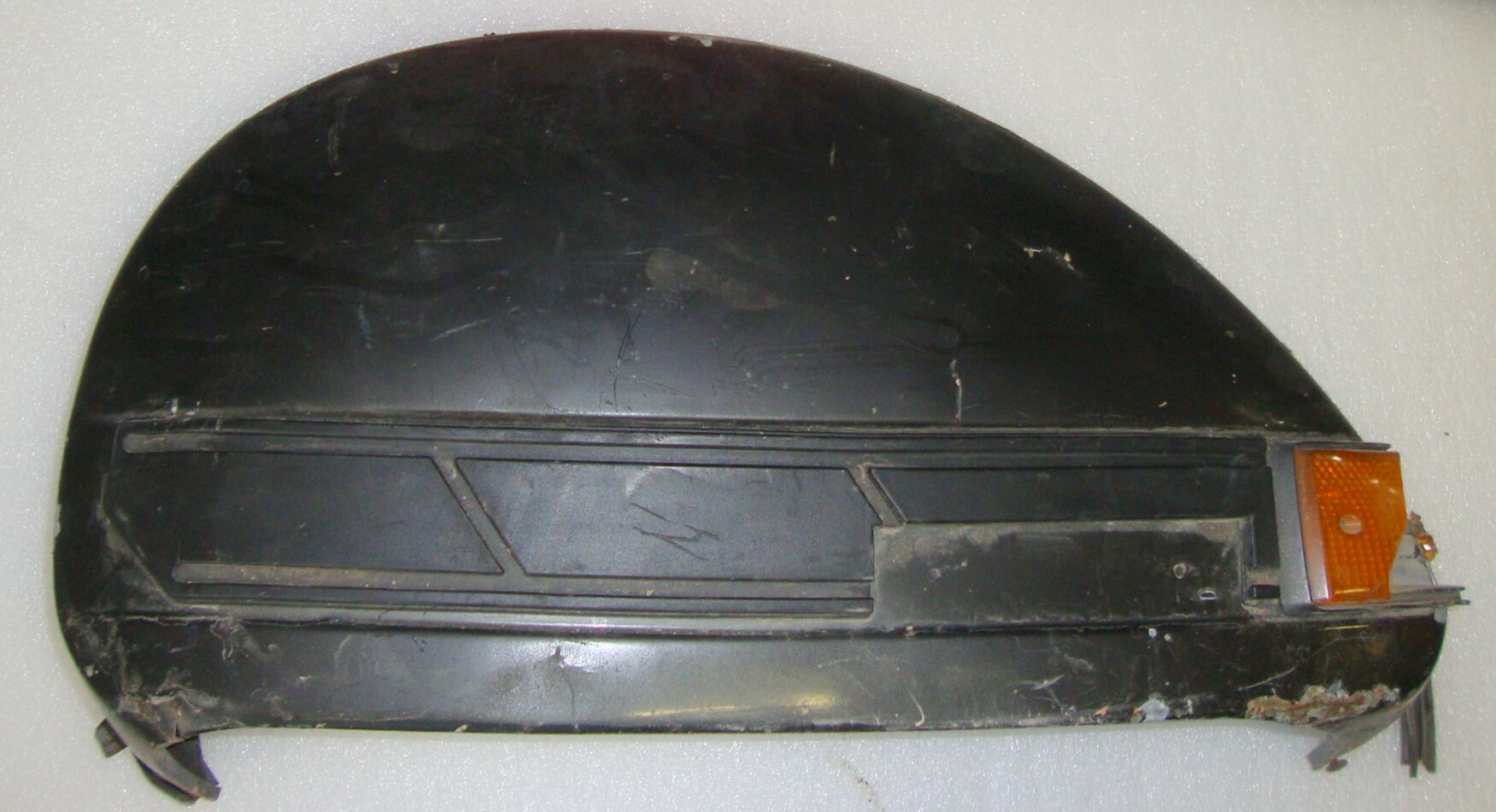 Side panel for spare wheel side, external mechanism, black, Vespa PX old model