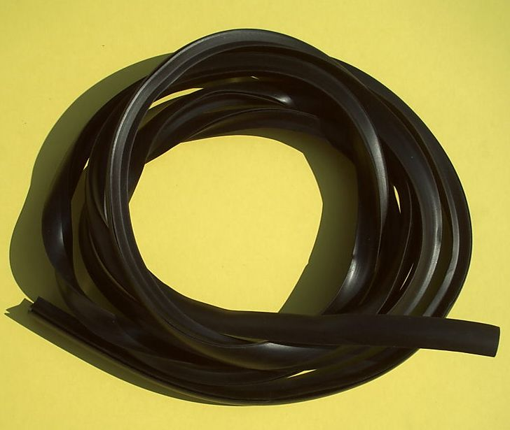 Rubber profil strip for cowl, black, Vespa 125 /150 / 160 / 180 / 200
