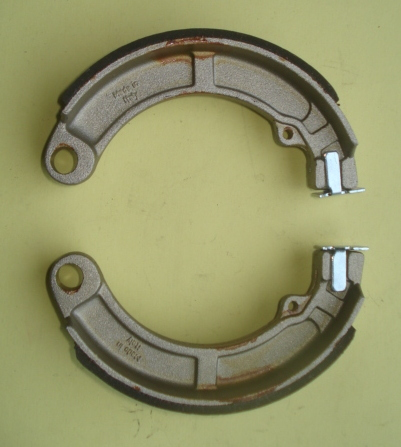 Brake shoes AZ 150
