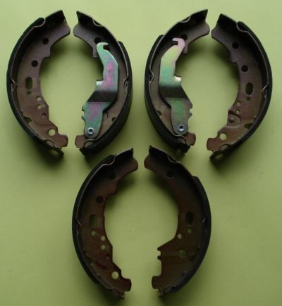 Brake shoes, Ape TM / Car / Poker,  AZ 220