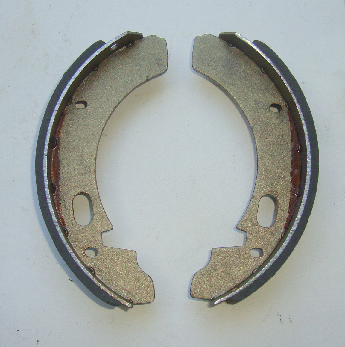 Brake shoes, NEWFREN, Ape AC / AD / AE / AE0 / Pentaro, GF 0115