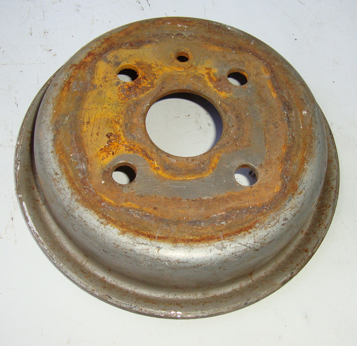 Rear brake drum, Vespa 50 / 90 / 100