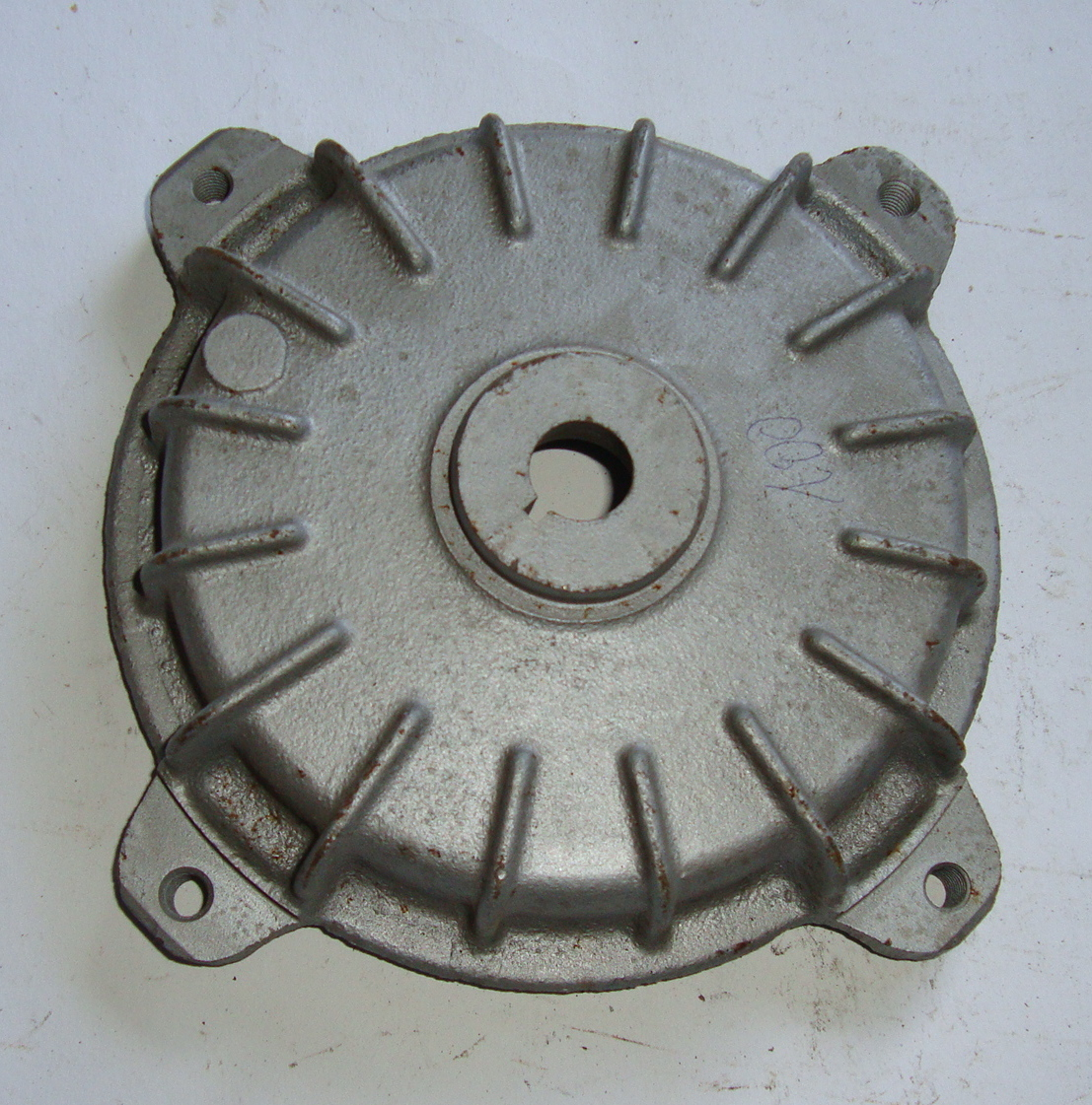 Front brake drum, Vespa 125 / 150 Super, NOS