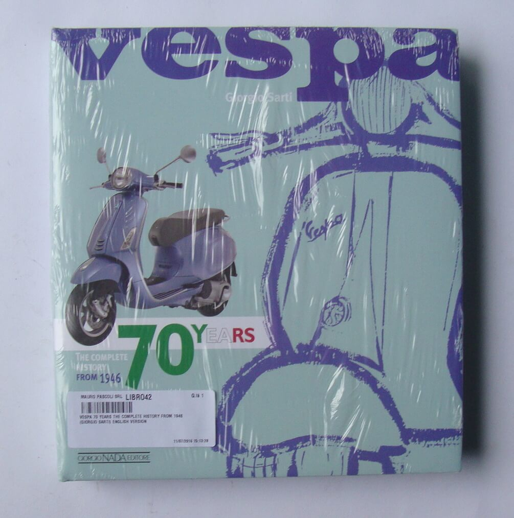 "Book ""Vespa - 70 years the complete history from 1946"""