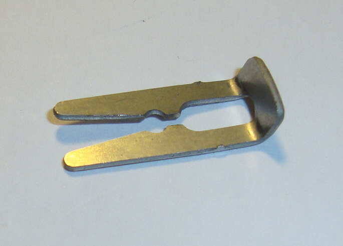 Clip for needle, UB23S3 carburettor