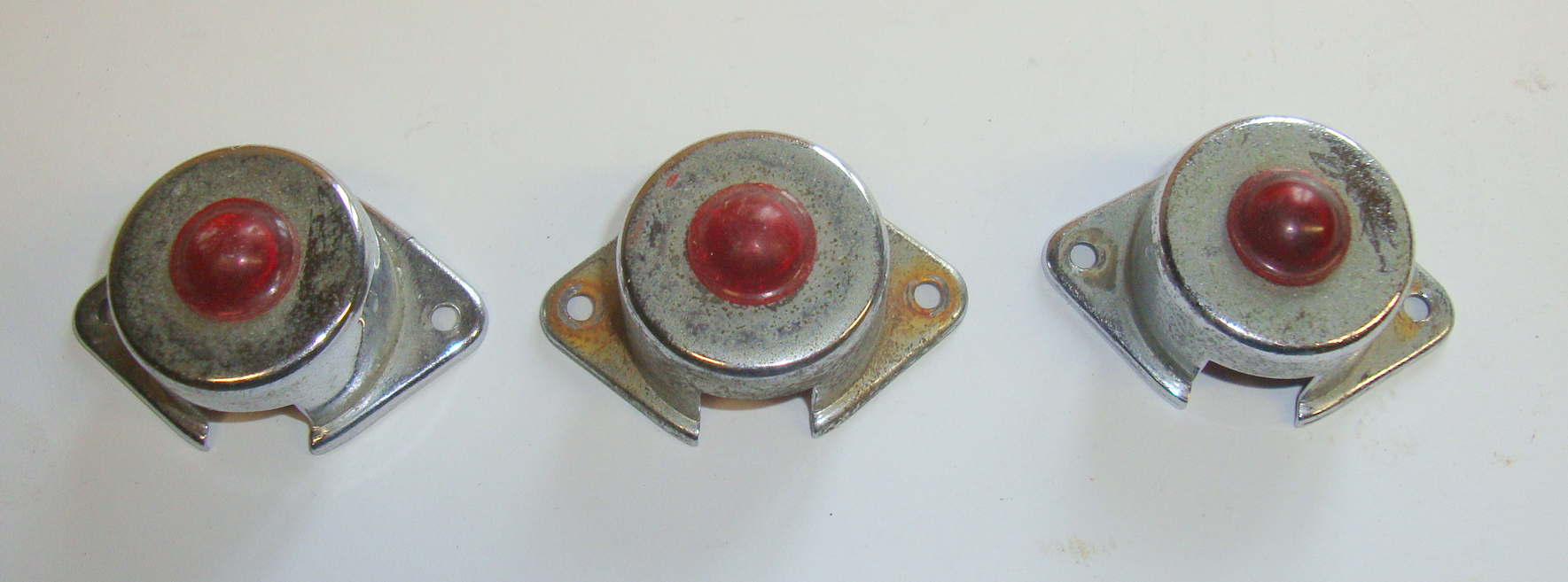 Cover for indicator switch with tell tale lamp