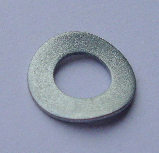 Crinkled spring washer M 10