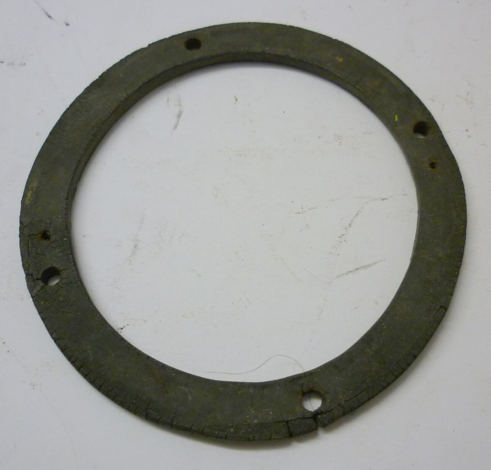 Gasket for horn, 4 mm, black, Vespa Rally / Sprint German modell, used