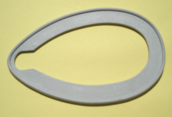 Gasket between headlamp and mudguard, headlamp with diameter 95 mm, Vespa 125