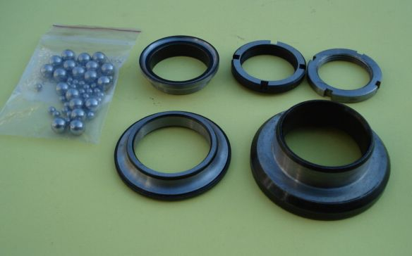 Bearing ball track, lower and upper, complete, Vespa 125 VNA > 150 VGLB