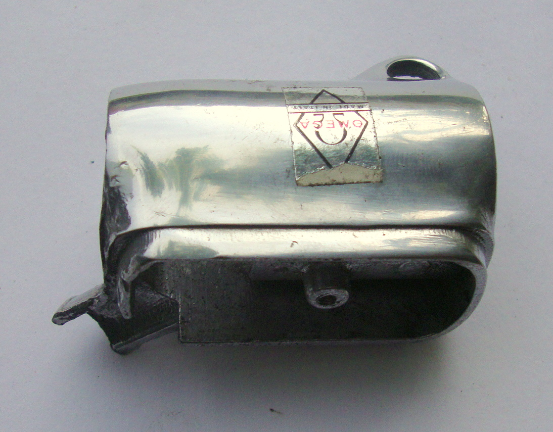 Adapter for lightswitch, Vespa 125 VN2T / 150 VL, NOS