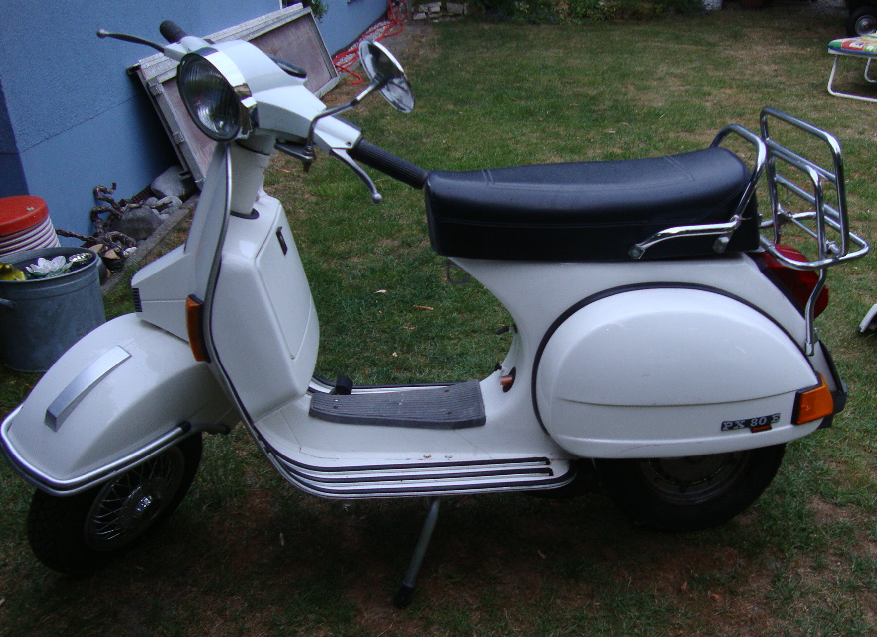 vespa px80e lusso weiss vespa oldtimerteile. Black Bedroom Furniture Sets. Home Design Ideas