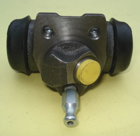 Right rear brake cylinder, Ape AC / AD / AE / AE0 / MP / P 601 / Ape Car