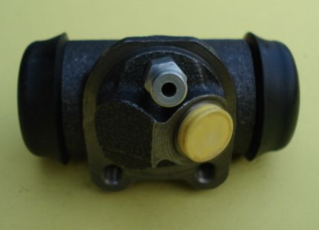 Left rear brake cylinder, Ape AC / AD / AE / AE0 / MP / P 601 / Ape Car