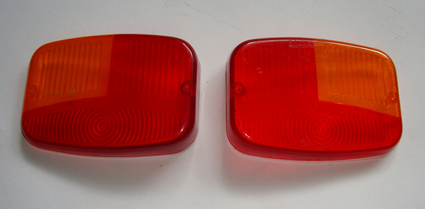 Taillight glass set, Ape 150 AC3T > AC4T / Pentaró APB1, NOS