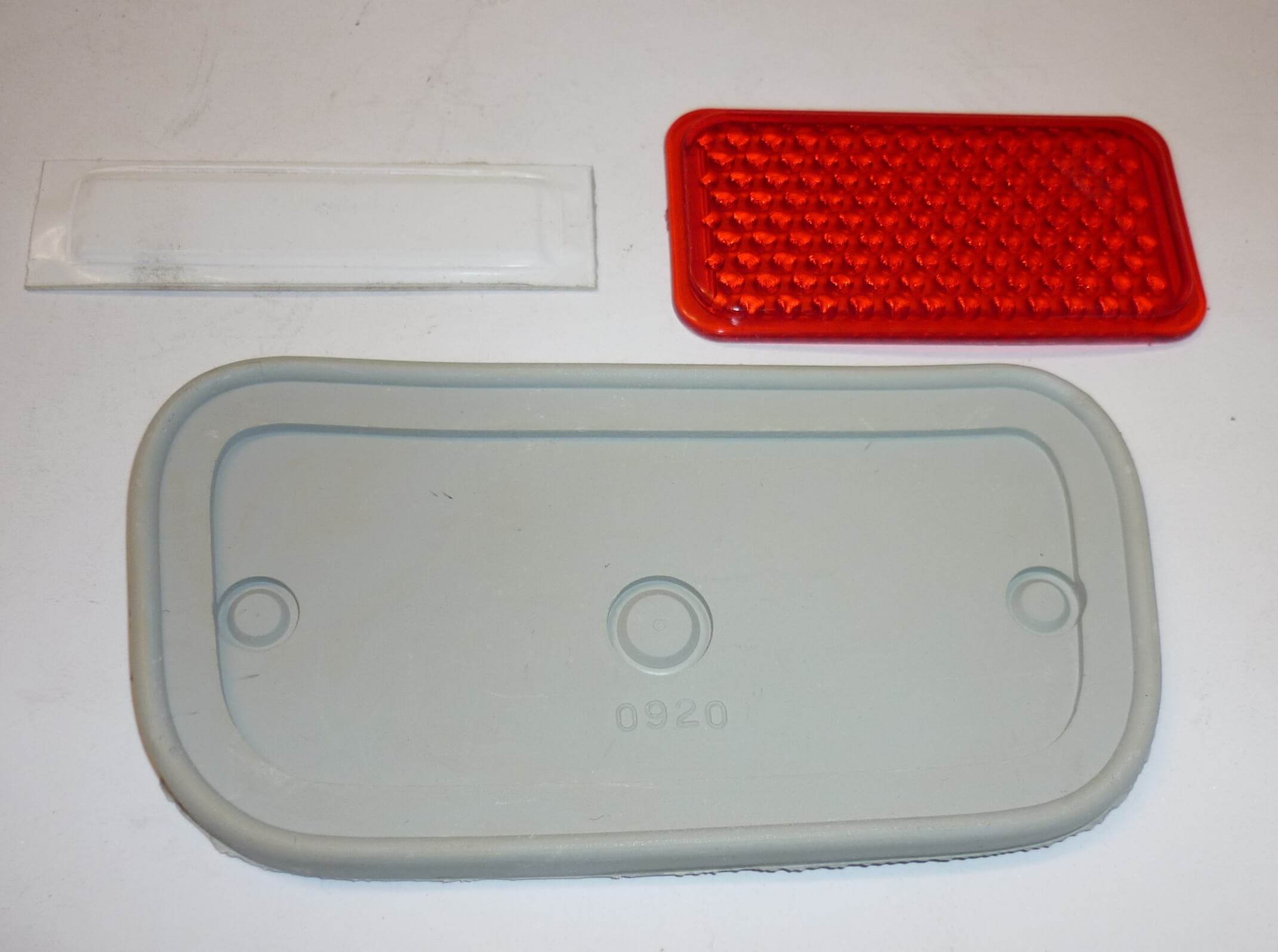 Taillight glass / packing set, Vespa 125 54>58