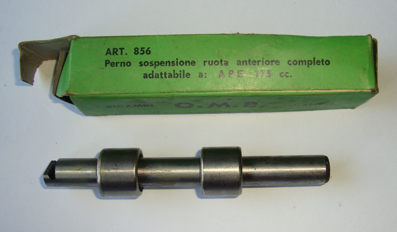 Motion link bolt with bearings, O.M.B., Ape 175, NOS