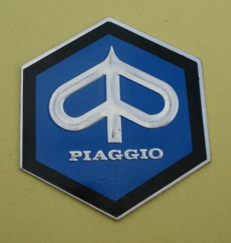 Piaggio-Logo, hexagon, large size