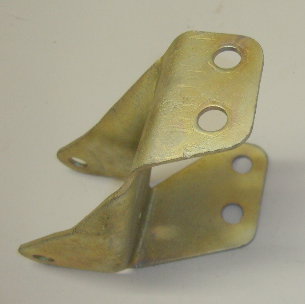 Lower shock absorber bracket, Vespa 125 / 150