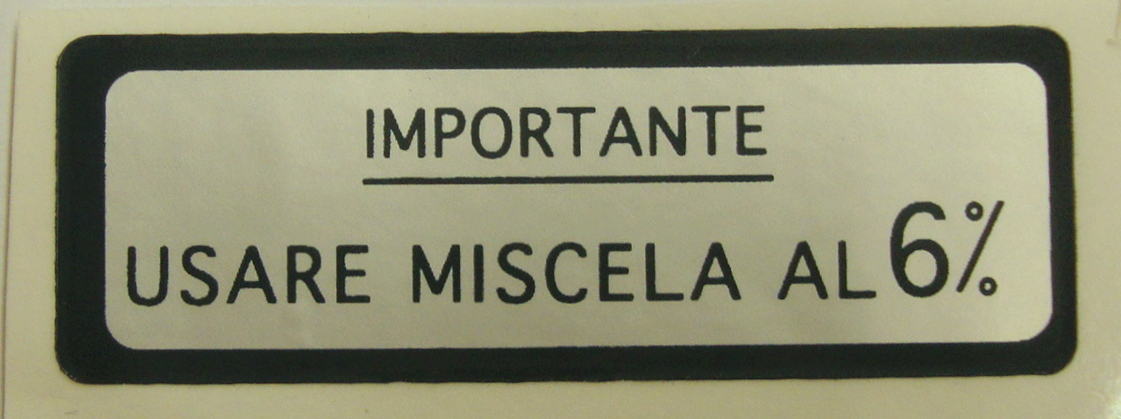 "Sticker for fuel tank "" IMPORTANTE USARE MISCELA 6%"", green"