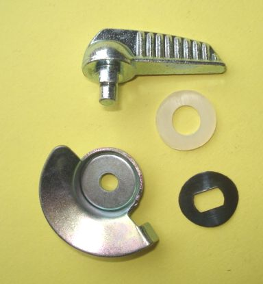 Kit lever for engine flap, Vespa 50 / 90 / 125 Primavera - ET3
