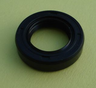 Oil seal with dust seal TC 17/28/7