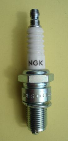 Spark plug, long tread
