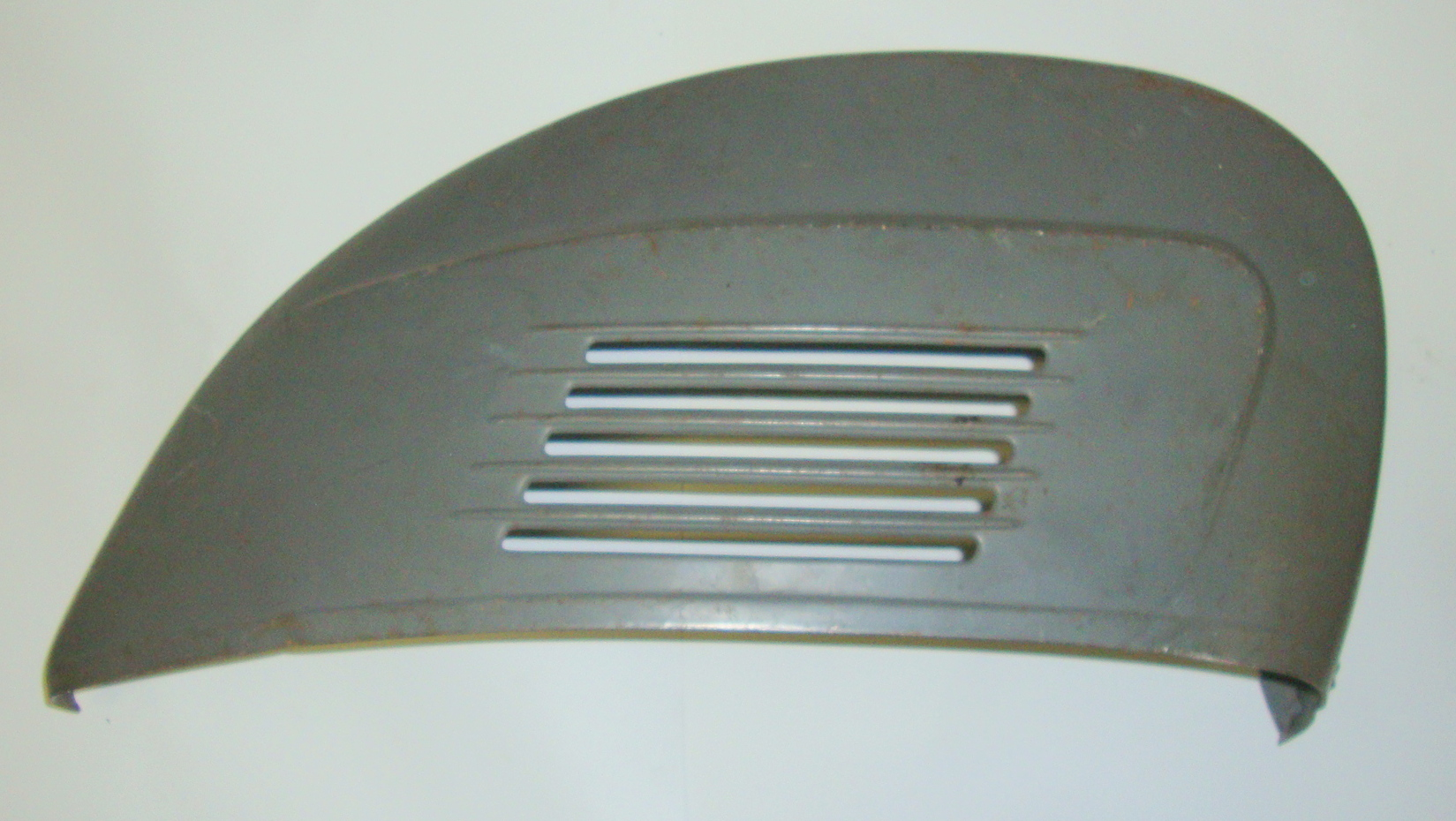 Engine cowl, Vespa 125 / 150 Super, NOS