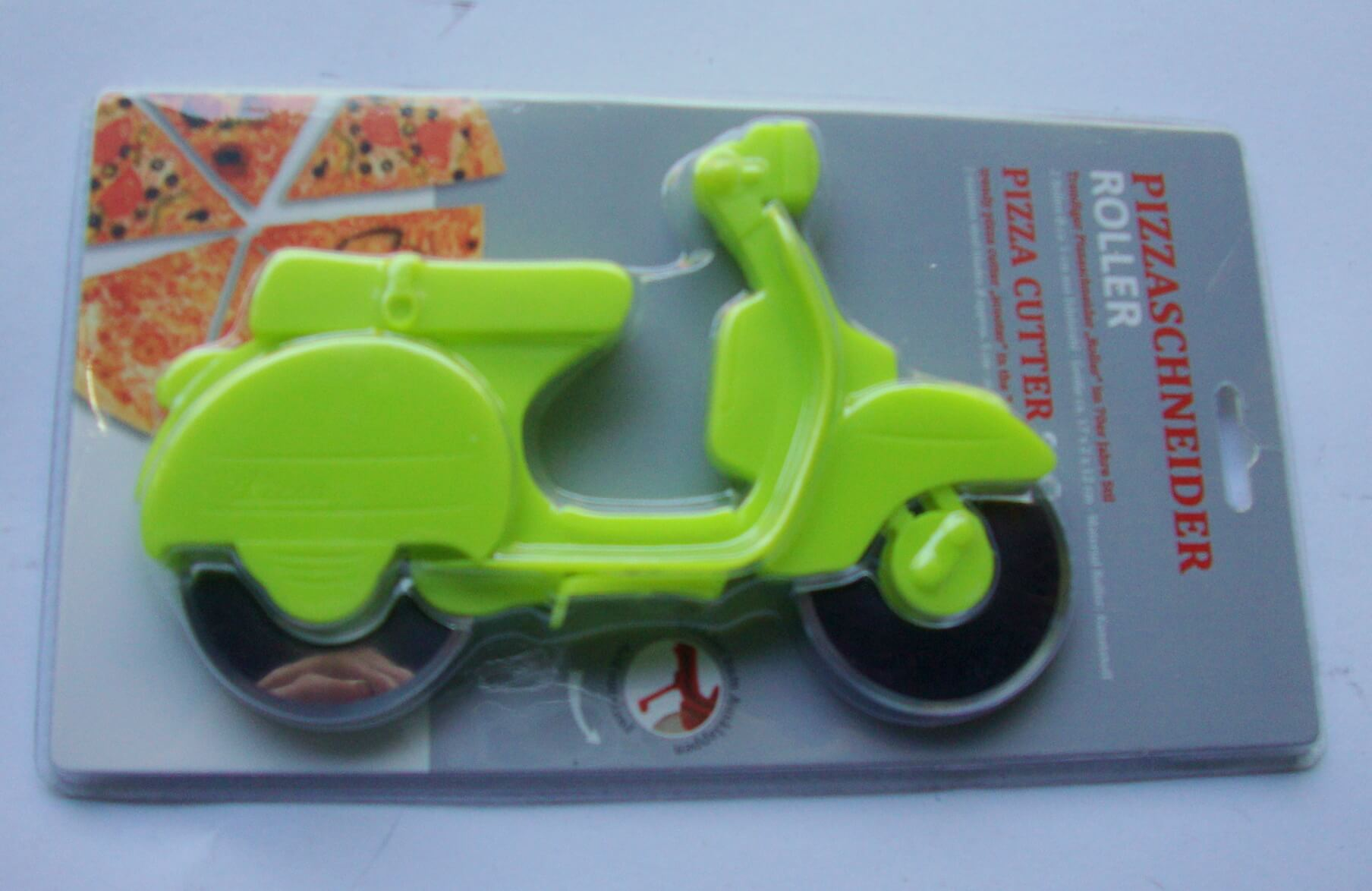 Pizza cutter scooter, apple-green