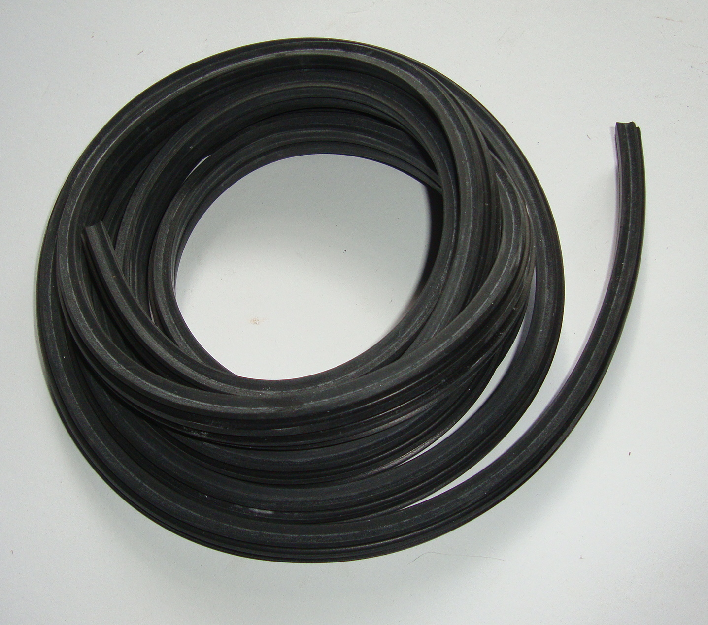 Rubber floor rail profile set, Mauro Pascoli, 125 VN1T > VN2T