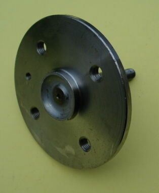 Front wheel axle Vespa 50 / 90 /